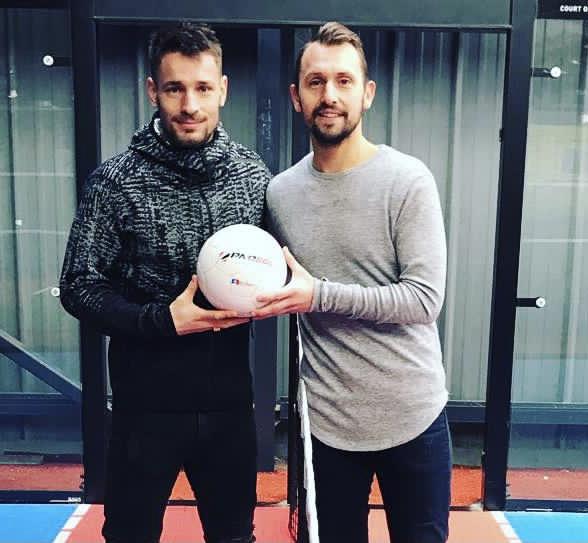 Philippe LIARD joueur de l'AFC Tubize et Mathieu DEBUCHY joueur de l'AS Saint Étienne