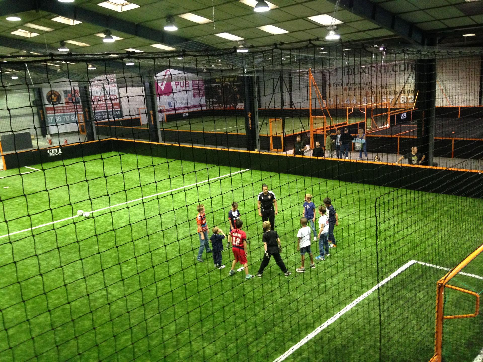 Pose de terrain de Futsal