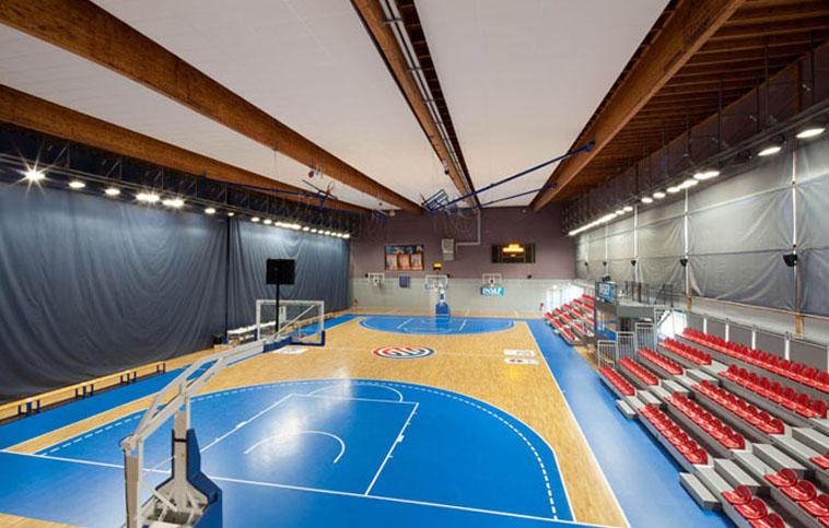 Pose terrain de basket à l'INSEP