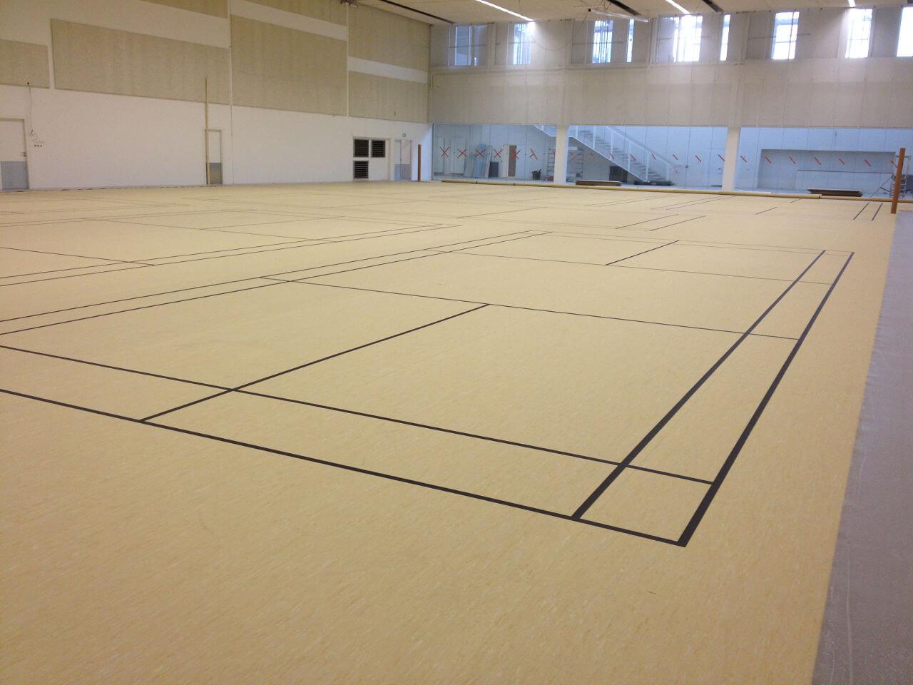 Création de terrain badminton