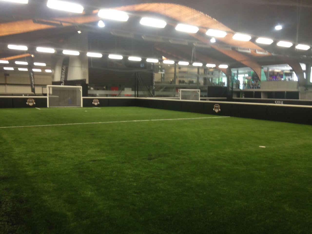 Création de terrain foot en salle