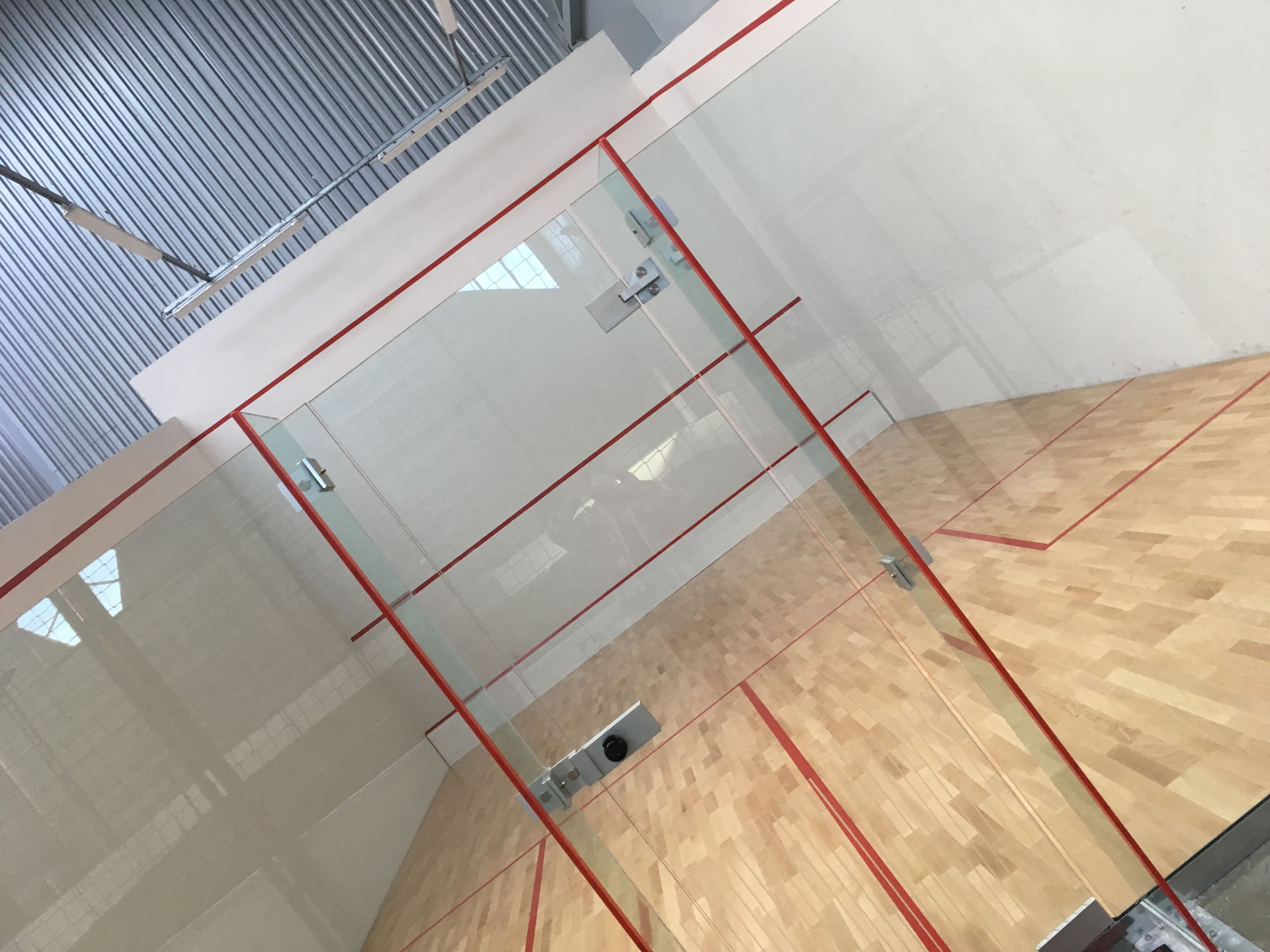fabricant terrain de squash