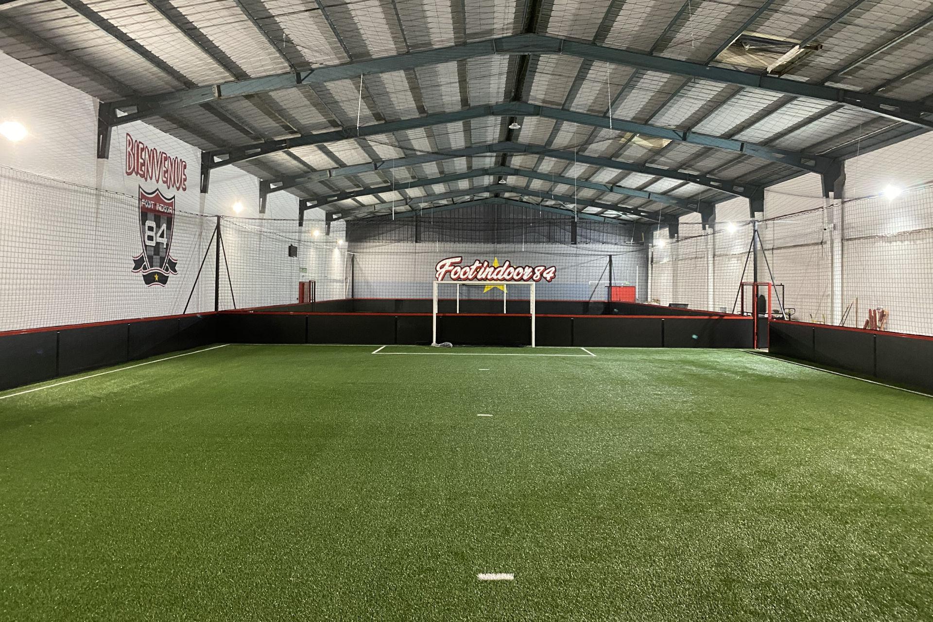 Création terrain de Foot Indoor Sorgues (84)